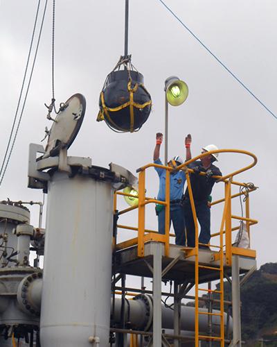 kairos metering men working on ship
